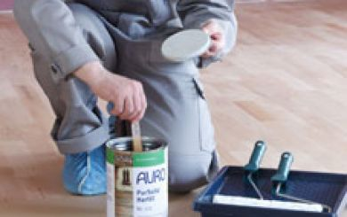 Oling and waxing of wooden floors - step 3