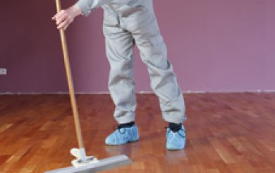 Oling and waxing of wooden floors - step 8