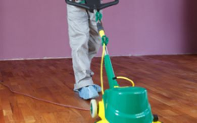 Oling and waxing of wooden floors - step 12